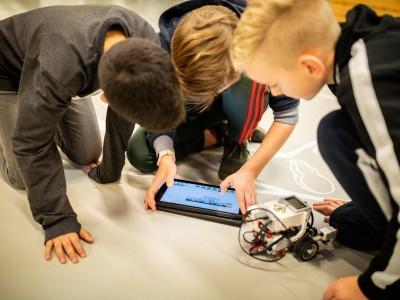 Lab out of the Box-leskist: Programmeren met Mindstorms