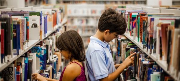 Bibliotheek Waterland trapt dit jaar af met Scoor een Boek!