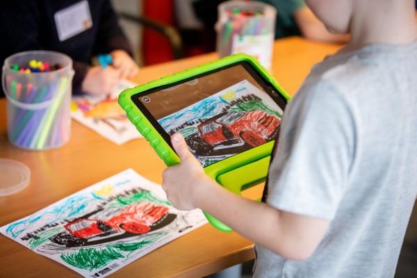 Train-de-trainer Voorlezen, kijken en spelen in de wereld van nu