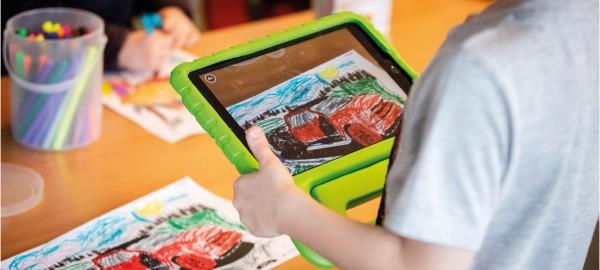 Mediaopvoeding: 'koerskit' en trainingen voor bibliotheekmedewerkers